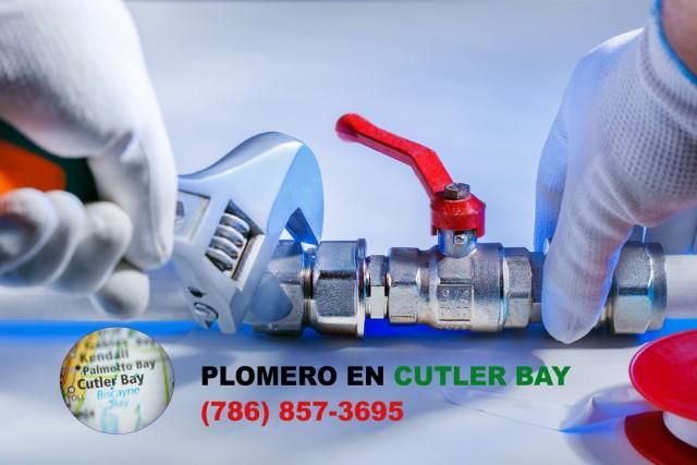 Plomero en Cutler Bay (786) 857-3695